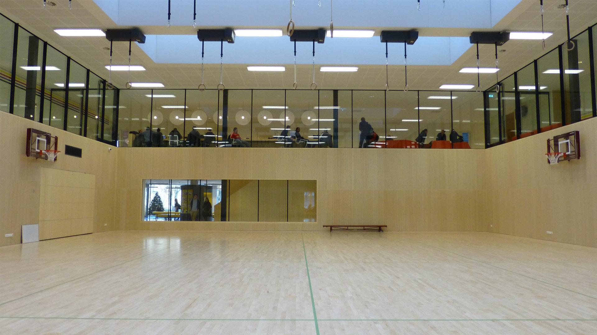 Steel glazed indoor walls in the Fontys sport high school, eindhoven, the netherlands