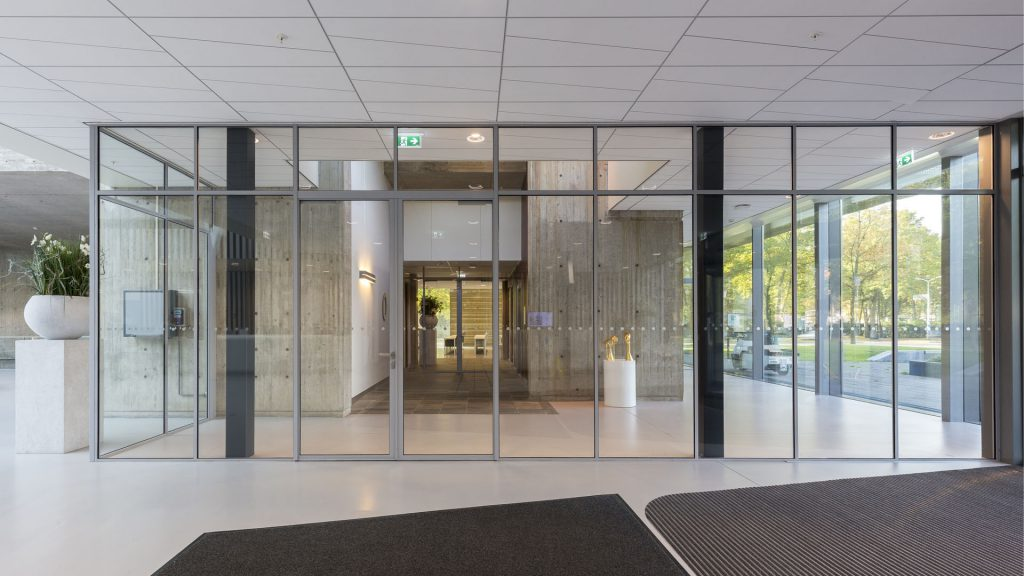 Smoke protection partitions in the dentist department of the Radboud University, Nijmegen, the Netherlands