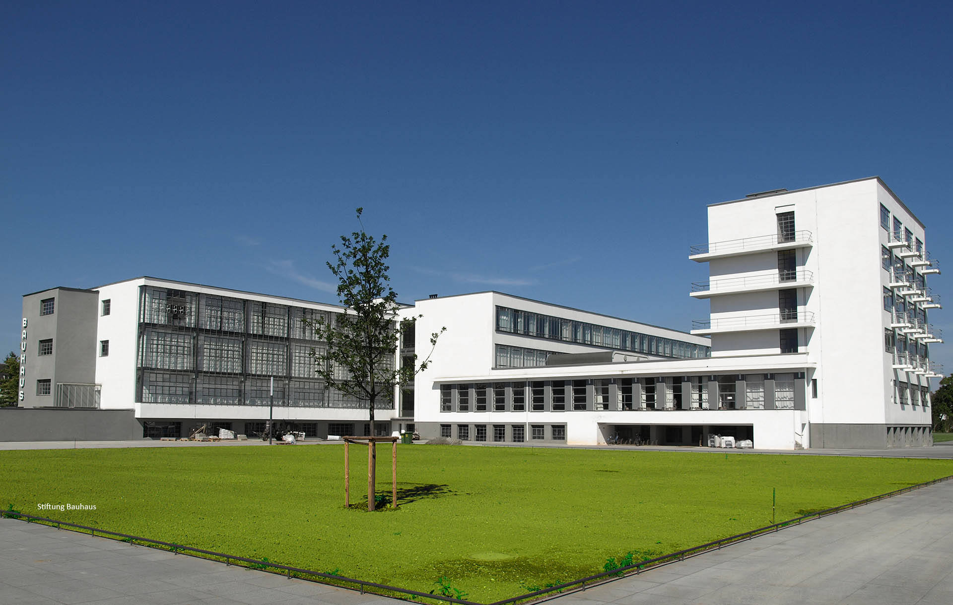 Bauhaus Dessau renovation with MHB classic-iso